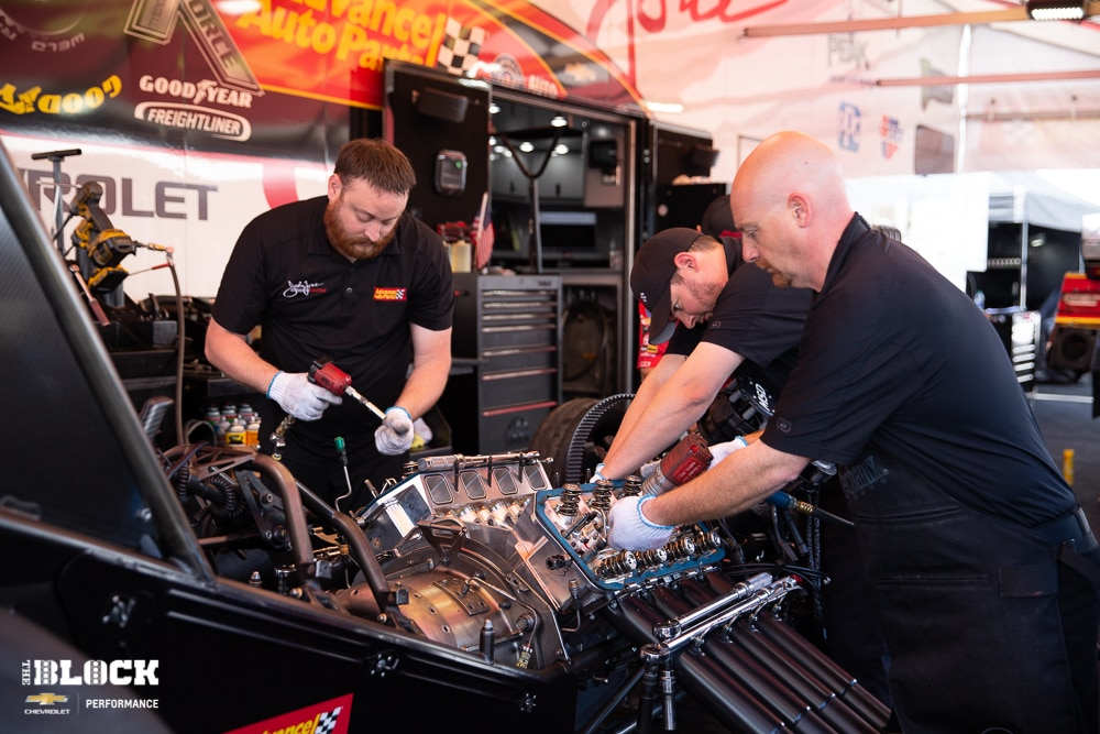 how to build a funny car engine