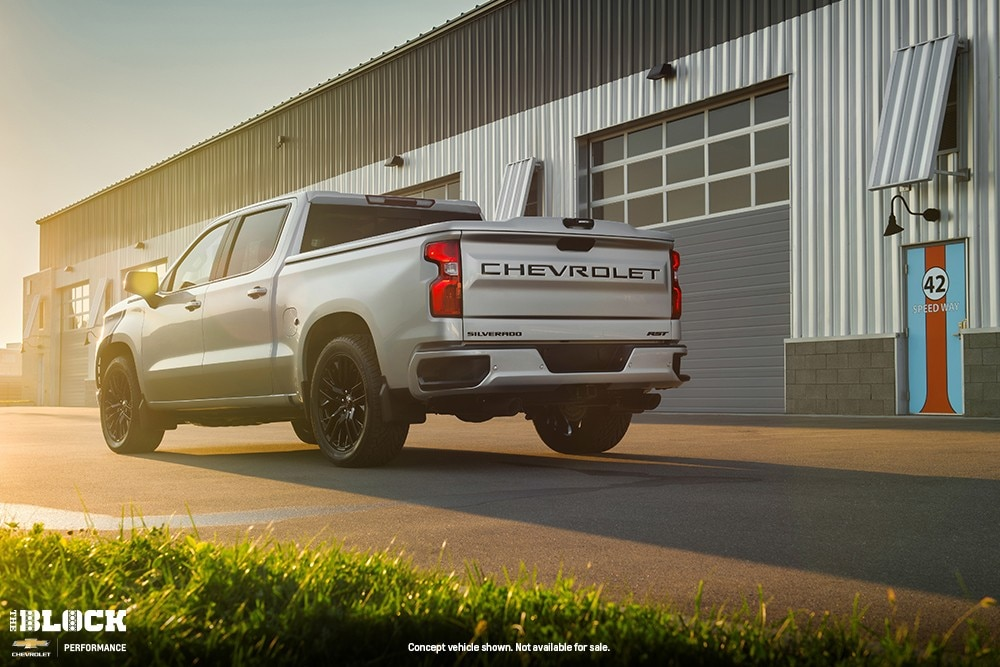 2018-SEMA-Chevrolet-Silverado-HighCountry-Concept-11